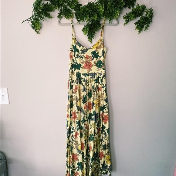 ASOS Yellow Floral Pleated Maxi Dress sz 6